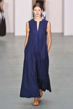 My favorite dress designer. Comfy Dresses, Formal Dresses, Jasper Conran, Designer Dresses, Spring Fashion, Fashion Dresses, Clothes For Women, Stylish, My Style