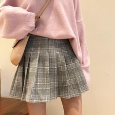 Woolen Plaid Pleated Skirt Plaid skirt outfits ideas what to wear plaid skirts Pleated Skirt Outfit Short, Plaid Pleated Skirt, Cute Skirt Outfits, Cute Casual Outfits, Cute Skirts, Pleated Skirts, Pleated Tennis Skirt, Mini Skirts, Hipster Outfits