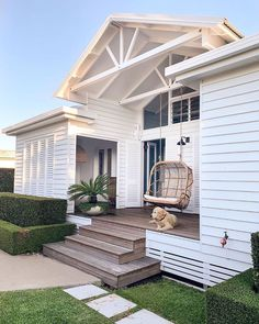31 Popular Beach House Exterior Design Ideas You Will Love - A beach house design isn't just one particular look. Coastal abodes can differ in shape, size, and, most importantly, color. Your home by the ocean do. Beautiful Beach Houses, Beautiful Homes, White Beach Houses, Beach House Decor, Home Decor, Beach Cottage Style, House Goals, Beach Cottages, Exterior Design