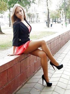 Russian girl Sexy Girls in Mini Dresses : Photo