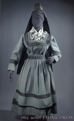 Complete Woman's German Folk Costume from Marburg, Germany [Evangelische Tracht] - gray skirt | jacket | apron | cap + ribbons | shawl