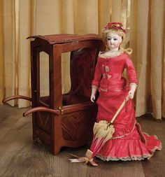 1000 images about sedan chairs on pinterest auction for Chaise a porteur