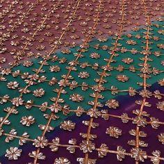 Bridal Mehndi Dresses, Pakistani Bridal Wear, Pakistani Dresses Casual, Indian Gowns Dresses, Gota Patti Saree, Mehndi Outfit, Kids Frocks Design, Rajputi Dress, Bead Embroidery Patterns