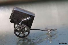 Vintage Sterling Silver Vendor's Wagon  with Turning Crank Charm for Bracelet