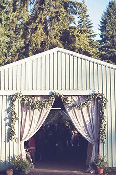 100 Layer Cake - Rustin Oregon Wedding