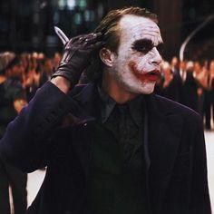 New joker pictures collection - Life is Won for Flying (wonfy) Le Joker Batman, Der Joker, Joker Und Harley Quinn, Heath Ledger Joker, Joker Art, Joker Comic, Joker Dark Knight, The Dark Knight Trilogy, Gym Memes