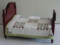 Tulip Doll House Quilt---7 x 7 inches