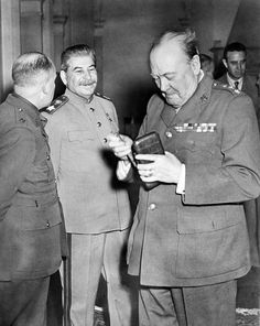 Joseph Stalin and Winston Churchill in the Livadia Palace during the Yalta Conference, February 1945 Winston Churchill, Churchill Quotes, Churchill Cigars, Joseph Stalin, Photo Restoration, Fidel Castro, Interesting History, British History, World History