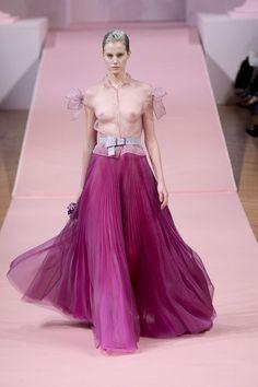 haute+couture+plus+size+clothing   Runway Favorites: Paris Fashion Week Haute Couture Spring / Summer ...