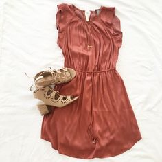 coral silk dress & lace up cut out block heels for vacation   @thebeautybravao