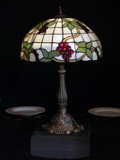Tiffany Light Table Centre (Large)