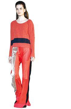 Los creadores de la marca Garza Lobos, Constanza von Niederhäusern y Rubén Troilo, apostaron a prendas de diseño y tendencia. Triunfaron los pantalones semitransparentes que se combinaron con suéteres de lana. My Style, Wolves, Pants, Trends, Style