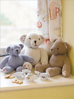 Three Hungry Bears pattern by Laura Long