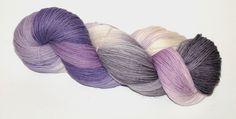 """""""Veilchen"""" 100% Merino - handgefärbt von Fadenbunt auf DaWanda.com"""