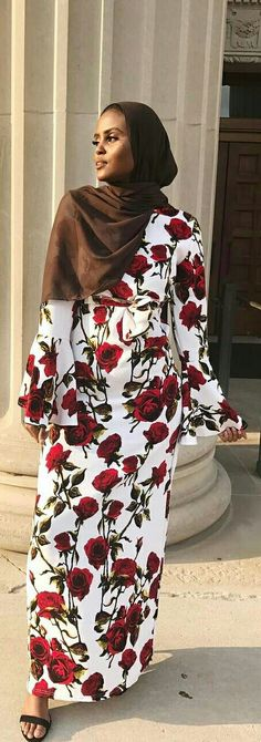 30 stunning floral hijab maxi dresses for summer. Hijab street style