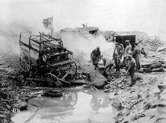 En Kemmel, Bélgica. Carruaje de evacuación sanitaria de un hospital alemán destruido por la artillería inglesa. Foto gentileza Sr Manuel Gimenez Puig