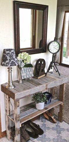 Mueble con palets para el recibidor