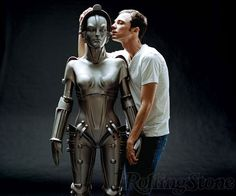 Sheldon and the Metropolis robot! Love it #Thebigbangtheory