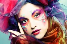 happyhues:    Crazy colorful makeup! (via bad beauty habits)