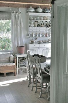 melbripley:   Swedish interiors | via Love your... - Pearl Street