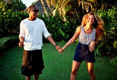 Beyonce and Jay-Z have been known for being notoriously private over the years, but with the birth of their daughter, Blue Ivy Carter, and the celebration of their fourth wedding anniversary, the Beyonce E Jay Z, Beyonce Knowles, Beyonce Crazy, Beyonce Memes, Destiny's Child, Justin Timberlake, Formal Casual, The Things They Carried, Mrs Carter
