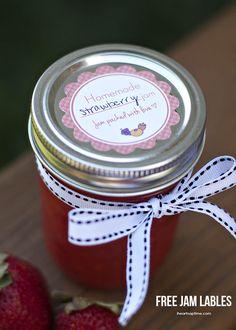 Homemade strawberry jam + free labels