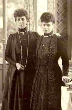 Empress Dagmar of Russia and her sister Queen Alexandra of England