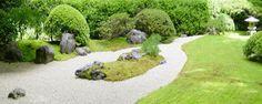 Asian garden design ideas, building a rock garden with stones, moss and trees