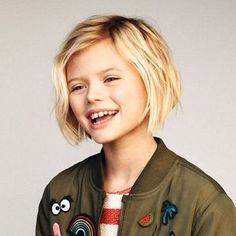 Die schönsten Frisuren für Mädchen – babies' and children's and moms' outfi… The most beautiful hairstyles for girls – babies 'and children's and moms' outfits – 2019 Winter Baby Boys RomBaby Girl Hairstyle 62 EaBig short haircuts Little Girl Bob Haircut, Bob Haircut For Girls, Little Girl Hairstyles, Bob Hairstyles, Short Girl Hairstyles, Teenage Hairstyles, Girls Short Haircuts Kids, Short Hair For Kids, Short Hair Cuts
