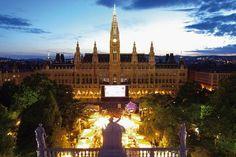Vom 30. Juni bis 3. September 2017 ist es wieder soweit – das 27. Film Festival auf dem Wiener Rathausplatz geht wie gewohnt in der vollen Länge von 66 Tagen über die Bühne. Für Freunde des Klassik…