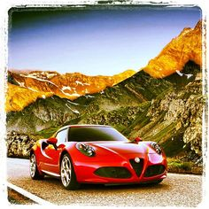 Alfa Romeo 4C: Just Drive Extraordinary performance, unique handling, extreme aerodynamics and design that takes up the stylistic features of the #AlfaRomeo tradition. #4C #Alfa4C #AlfaRomeo4C