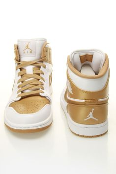 White/gold Air Jordan 1