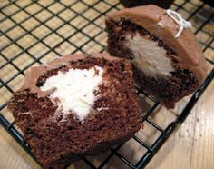 Devil's Food Cupcakes with Vanilla Cream Filling