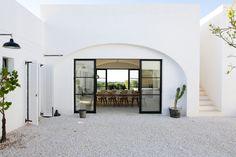 Real Estate Articles, Real Estate Tips, Puglia Italy, Verona Italy, Venice Italy, Concrete Steps, Villa, Mediterranean Homes, Mediterranean Architecture