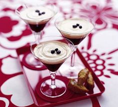 Coffee cocktails : 142ml carton double cream, 5 tbsp Baileys, 125ml strong coffee (cooled), 4 tbsp vodka, 4 tbsp Kahlúa, coffee beans (to decorate, optional), biscuits of your choice (to serve) : ★Instructions★
