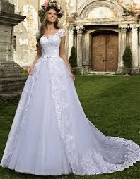 Magbridal Exquisite Tulle Jewel Neckline Ball Gown Wedding Dresses With Beaded Lace Appliques & Bowknot Western Wedding Dresses, Bridal Party Dresses, Stunning Wedding Dresses, Luxury Wedding Dress, Princess Wedding Dresses, Perfect Wedding Dress, Dream Wedding Dresses, Bridal Gowns, Beautiful Dresses