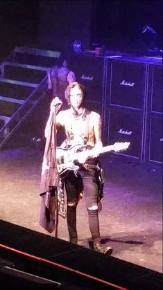Andy's guitar solo. ;) ❤️❤️❤️❤️❤️ I'm literally crying right now because it's just so heart melting ❤️❤️❤️