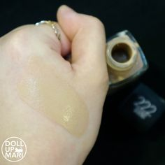 Maybelline Fit Me Matte+Poreless Foundation Review and Swatches   Doll Up Mari Waterproof Foundation, Estee Lauder Pleasures, Maybelline Foundation, Fit Me Matte And Poreless, Beauty Youtubers, Normal Skin, Makeup Blog, Glass Bottles