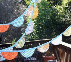 scalloped banner