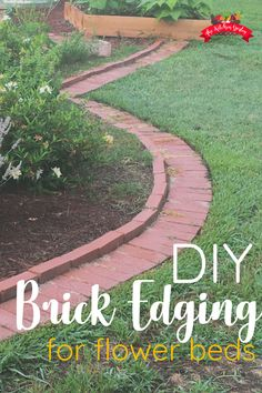 DIY Brick Garden Edging in a Weekend - The Kitchen Garten Installing DIY brick garden edging can give your garden/flower beds a beautiful shape and clean lines. This DIY project makes a great weekend project. Flower Bed Borders, Raised Flower Beds, Brick Projects, Garden Projects, Brick Flower Bed, Brick Garden Edging, Landscape Bricks, Brick Landscape Edging, House Landscape