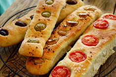 No Knead Baguette, No Knead Baguette Recipes Hot Dog Buns, Recipies, Food And Drink, Appetizers, Bread, Snacks, Cookies, Breakfast, Party
