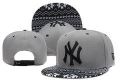 MLB New York Yankees Snapback Orderly Stripes. Trendy Fashion World bbe72f589786