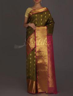 Jamuna Heena Green Heavily Adorned #GadwalRealZari #SilkSaree