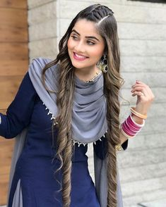 Discover recipes, home ideas, style inspiration and other ideas to try. Stylish Girls Photos, Stylish Girl Pic, Girl Photos, Stylish Suit, Punjabi Suits Designer Boutique, Indian Designer Suits, Hairstyle With Suit, Stylish Dresses, Fashion Dresses