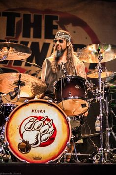 Mike Portnoy live 2013 with The Winery Dogs!!!