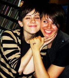 Sara & Emy [Tegan + Sara]