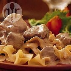This slow cooker version of beef stroganoff uses sour cream, cream cheese, and cream of mushroom soup for a rich, savory classic main dish. Slow Cooker Beef Stroganoff Recipe, Beef Stew Meat, Slow Cooker Chili, Slow Cooker Recipes, Crockpot Recipes, Yummy Recipes, Drink Recipes, Recipies, Golden Mushroom Soup