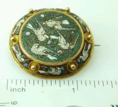 Antique-Victorian-Micro-Mosaic-Pin-Brooch-4-White-Dove-Birds-Round-MicroMosaic
