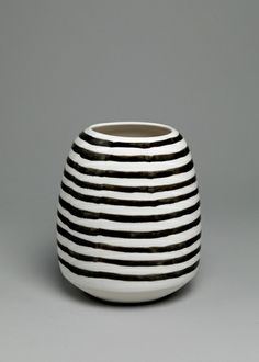 "Shio Kusaka Untitled (stripe 32), 2011 Porcelain 7 3/8"" x 6"" x 6"""