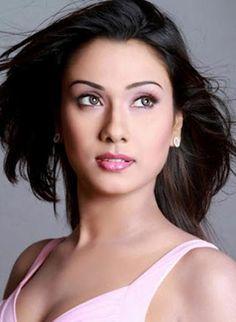 Bobby bangla film actress.